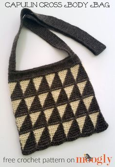 Capulin Cross Body Bag - crochet your own with Fishermen's Wool and this free pattern from Mooglyblog.com!