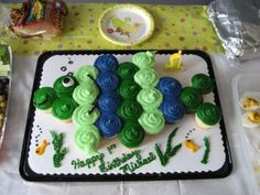 Green & Blue Fish Cake