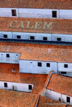 Os telhados dos armazéns do Vinho da Porto - Porto - Portugal
