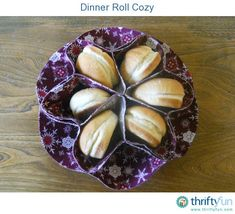 I first saw this vintage dinner roll holder when another member was looking for a pattern to make one. I found one on the Gingercake website and referred her to those instructions, which are apparently based on an old Simplicity pattern.