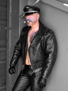 """cigarjon: """" lederboss: """" lthredge: """" Just for the record, this is me. """" WOOF """" Damn please sir. Leather Fashion, Leather Men, Leather Pants, Black Leather, Leather Jackets, Gay, Man Smoking, Bear Men, Mens Gloves"""