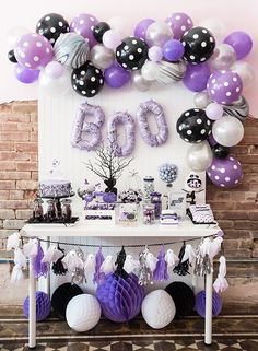 Make your Halloween party the talk of the town with out-of-the-box decoration ideas on spooky themes. Choose zany Halloween party decoration ideas here. Halloween Film, Halloween Boo, Halloween Party Decor, Halloween Themes, Purple Halloween Decorations, Spooky Decor, Baby Shower Fall, Baby Shower Themes, Shower Ideas