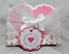 Valentine's Day Treat Box with CardzTV Going in Circles stamp set.