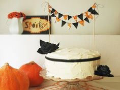 cake bunting for halloween!