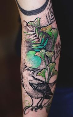 * fine lines in ginkgo leaves, pixilated outlines- Joanna Swirska Dzo Lama bird . - * fine lines in ginkgo leaves, pixilated outlines- Joanna Swirska Dzo Lama bird Tattoo - Future Tattoos, Love Tattoos, Tattoo You, Unique Tattoos, Beautiful Tattoos, Body Art Tattoos, New Tattoos, Tattoo Bird, Tatoos