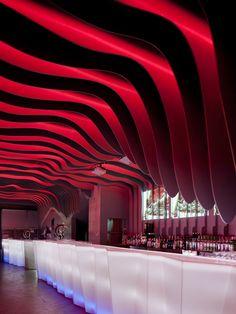 É Pra Poncha Bar by António Fernandez, Porto – Portugal » Retail Design Blog #curved