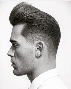try latest pompadour haircut for men 2018 special and popular with pompadour fade, textured pomp fade, pomps hairstyle, or thick hair pompadour. All Pompadour hairstyle is fresh and tips how to make a pomp latest one pompadour haircut for guys. Pompadour Fade Haircut, Mens Hairstyles Pompadour, Pompadour Style, Modern Pompadour, Pompadour Men, Quiff Hairstyles, Cool Hairstyles For Men, Haircuts For Men, Medium Hairstyles