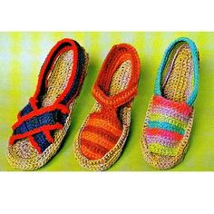 These espadrilles are so much fun ~ Vintage Crochet Pattern PDF  Espadrilles Sandals Retro. via Etsy.