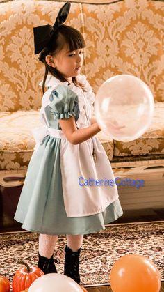 d57eff9297bf2 アリスに変身できるかわいい子供用コスチュームセット♪ ハロウィンの仮装 コスプレに!
