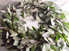 DIY Eucalyptus Wreath Tutorial-43