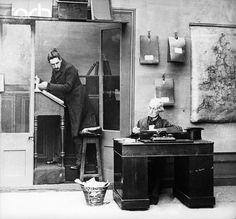 victorian office
