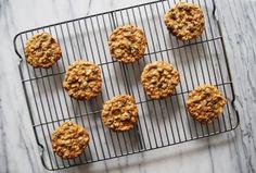 Oatmeal Cookies with Raisins and Dried Cranberries - Feeding an Italian