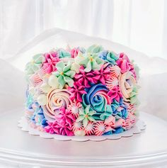Amazing Pretty Cake Decorating Ideas in Colourful Buttercream Cake Pretty Birthday Cakes, Pretty Cakes, Cute Cakes, Beautiful Cakes, Amazing Cakes, Flower Birthday Cakes, 16th Birthday, Girly Cakes, Fancy Cakes