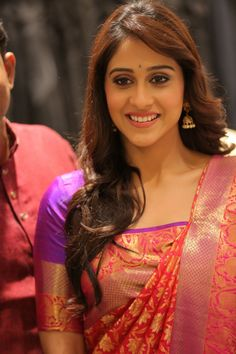 Regina Cassandra At Shopping Mall Launch In Red Saree
