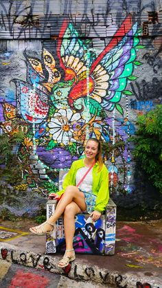 Sao paulo street art gallery graffiti tour! Vila madalena is the best street art in Brazil! Its not Banksy but plenty of illusions! Best things to do! Lots of colour and creative people - And a fashion shoot!  ☆☆#Inspiredbymaps ☆☆