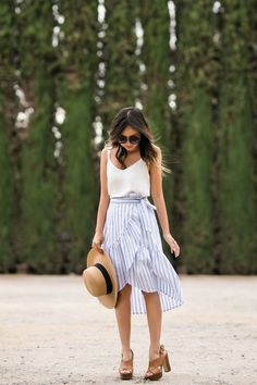 lace and locks, petite fashion blogger, oc fashion blogger, cute spring outfit, ruffle skirt, stripe skirt, summer fashion, morning lavender skirt