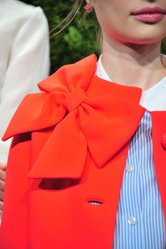 Kate Spade - big bright bow & classic stripes