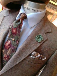 Another handsome ensemble. See this set and many more at my shop. 2545 W. North Ave. Chicago. www.richardsfabulousfinds.com