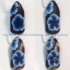 Фотография Nails & Co, 3d Nails, Hair And Nails, Flower Nail Designs, Flower Nail Art, Nail Art Designs, Uñas One Stroke, One Stroke Nails, Nailart