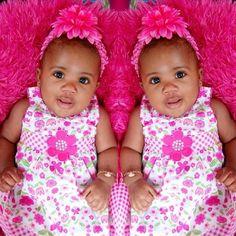 Twins Babies R Us, Twin Babies, Cute Babies, Beautiful Children, Beautiful Babies, Beautiful Dolls, Love Twins, Baby Love, Wonder Twins