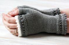 Armstulpen - Weiche Stulpen für den Winter - ein Designerstück von mairlynd bei DaWanda