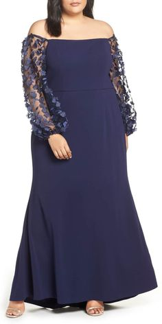 Off the Shoulder Floral Sleeve Scuba Crepe Evening Dress, presented by Nordstrom. In to Elegantly tailored and detailed sheer sleeves frame this off-the-shoulder gown crafted in crepe. Dresses Elegant, Plus Size Formal Dresses, Plus Size Gowns, Evening Dresses Plus Size, Different Dresses, Plus Size Outfits, Summer Dresses, Mob Dresses, Fashion Dresses
