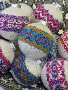 Ravelry: Color Burst Ornaments pattern by Rae Blackledge