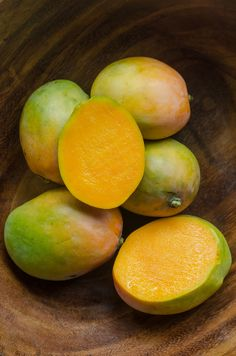 larra-may:Mangoes