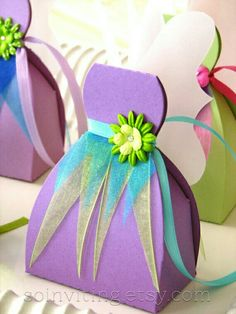 Fairy Favor Boxes by SoInviting on Etsy Diy Gift Box Template, Diy And Crafts, Paper Crafts, Tinkerbell Party, Diy Box, Favor Boxes, Party Favors, Diy Party, Party Gifts