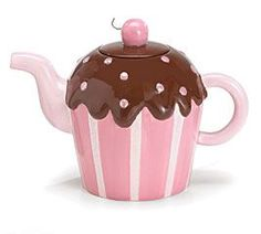 i am totally adding this kettle to my cupcake kitchen! adorable!