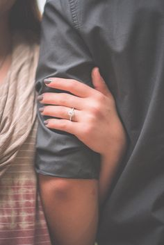 This is trendy edgyfashionphotography fashionphotographyideas is part of Couple photoshoot poses - Photo Poses For Couples, Wedding Couple Poses Photography, Couple Photoshoot Poses, Couples Images, Cute Couples Goals, Girl Photography Poses, Couple Posing, Couple Shoot, Posing Couples