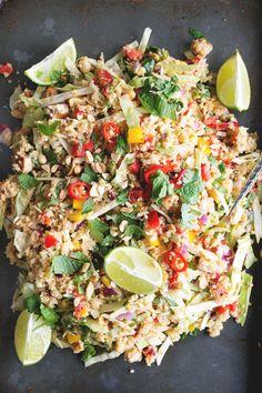 Vegan Thai Quinoa Salad with Peanut Lemongrass Dressing - a healthy quinoa salad…
