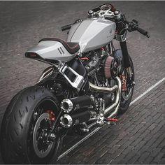 Styling-Inspiration - cafe racer various - Motorrad Custom Cafe Racer, Cafe Racer Bikes, Cafe Racer Motorcycle, Motorcycle Design, Bike Design, Cafe Racers, Road King Classic, Kawasaki Zephyr, Chopper