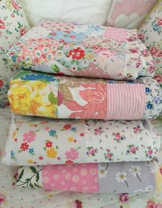 Patchwork - Pretty and practical handmade gifts for your home , friends and family 3d Quilts, Baby Quilts, Quilting, Antique Quilts, Vintage Quilts, Bed Pillows, Cushions, Contemporary Quilts, Warm Blankets