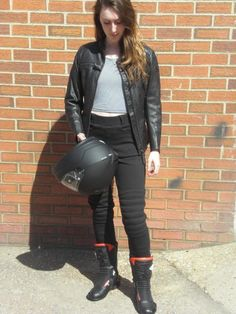 Kevlar Motorcycle Leggings for ladies by Difi. These little beauties are called Beyonce. They are fully kevlar lined & come with CE rated knee amour. They also have hip pockets for inserting optional hip armour. Superb quality, great prices and free UK delivery. www.moto65.co.uk