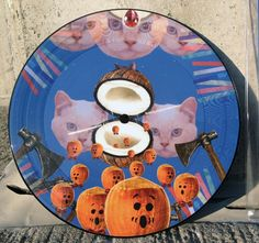 New Release from French Glue Wave band Le Club des Chats, wat wat wat is an amazing picture disc featuring art by singer Maia Rogers. Le Club, Songs, Pictures, Cat Breeds, Photos, Song Books, Grimm