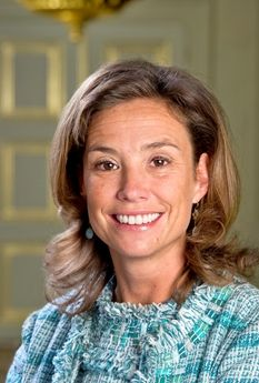 Her Highness Princess Mariléne of Orange-Nassau, van Vollenhoven-van den Broek.  Marie-Hélène Angela van den Broek, the younger daughter of Hans van den Broek and Josée van den Broek-van Schendel, was born on 4 February 1970 in Dieren. She is the wife of Prince Maurits of Orange-Nassau, van Vollenhoven, eldest son of Princess Margriet of the Netherlands and Pieter van Vollenhoven.