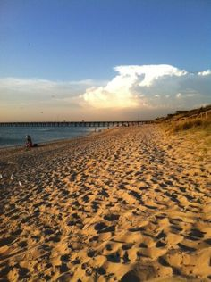 Sun sets over Seaford Beach, Victoria  Submitted by: @coff23  15/02/2013