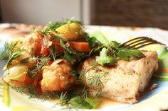 Треска с овощами запеченная в духовке
