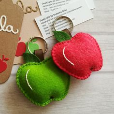 One apple a day keeps the doctor away. New faboulous wool felt apple keychains by DusiCrafts.
