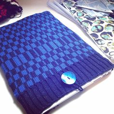 Matilda - Knitwear Designer (@missmatti) • Instagram photos and videos Picnic Blanket, Outdoor Blanket, Matilda, Continental Wallet, Knitwear, Photo And Video, Videos, Photos, Instagram