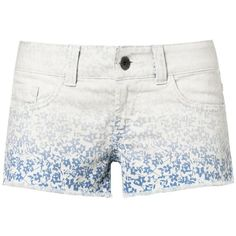 Bermuda corto (135 RON) ❤ liked on Polyvore featuring shorts, bottoms, short, stretchy shorts, short shorts, denim short shorts, stretch denim shorts and stretchy denim shorts