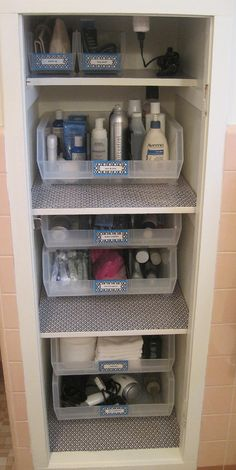 Neat Little Nest: #Linen Closet #Organized #DIY
