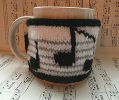 Musical notes mug cosy £4.99