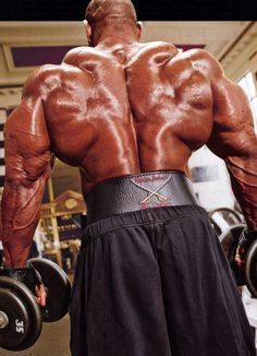 How To Build Muscle Mass Fast - Complete Guide