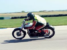 "Motorcycle Classics ad man Shane Powers takes his Honda ""Sea Beast"" to the race track. (Story by Shane Powers. Photos by the Motorcycle Classics staff. Touring Motorcycles, Triumph Motorcycles, Custom Motorcycles, Motorcycle Touring, Classic Motorcycle, Motorcycle Quotes, Girl Motorcycle, Build A Bike, Cb350"