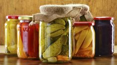 Fermented, probiotic-rich foods are the best way to add healthy bacteria to your digestive health which helps you lose weight, get more energy, and feel amazing. Best Probiotic Foods, Fermented Foods, Vegetarian Recipes, Healthy Recipes, Health And Nutrition, Healthy Choices, Cooking Tips, Lose Weight, Weight Loss