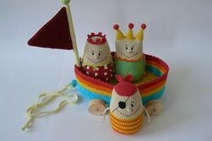 """an adorable pull toy with removable """"people"""" (pattern from a foreign site $$)"""