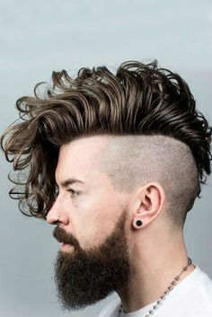 82 Trendiest Mens Hairstyles For with the creation of something new and unique, men decided to refer to the experience of their male ancestors and brought in lots of vintage looks from the past. So, let us have a look at the trendiest Best Undercut Hairstyles, Long Shag Hairstyles, Top Hairstyles For Men, Undercut Long Hair, Trendy Mens Haircuts, Hair And Beard Styles, Curly Hair Styles, Hair Designs For Men, Beard Fade