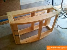 Instructions with pictures on how to build a 72 gallon bowfront aquarium stand . need this for our new aquarium. Marine Aquarium, Saltwater Aquarium, Planted Aquarium, Freshwater Aquarium, Aquarium Fish, Fish Aquariums, Diy Aquarium Stand, Aquarium Design, Aquarium Ideas